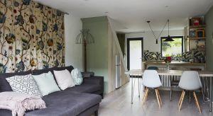 Wykorzystanie przestrzeni w domu z lat osiemdziesiątych w modnej londyńskiej dzielnicy Shoreditch wprost zadziwia. Dom poprzeróbkach oferuje dużą otwartą strefę jadalni i salonu, a także dwie sypialnie oraz dwie łazienki.