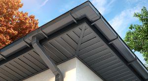 Choć montaż podbitki nie jest wymagany, bez niej możemy narazić konstrukcję dachu i domu na poważne zniszczenia. Ten element wykończenia dachu stanowi estetyczne wykończenie budynkui spełnia wiele dodatkowych, istotnych funkcji.