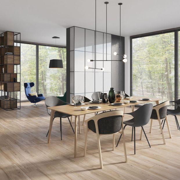 Płytki jak drewno - idealne rozwiązanie do salonu