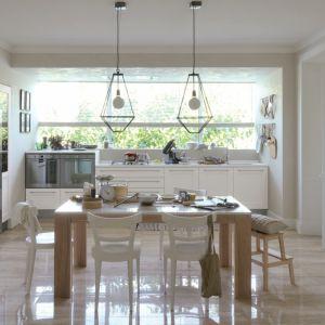 Biała kuchnia, model Dialogo. Fot. Veneta Cucine
