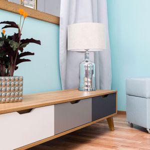 Lampa stołowa MHL0-83 ze stylową, szklaną podstawą. Fot. Make Home