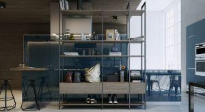 W nowoczesnych projektach wnętrz dominują otwarte przestrzenie. Pomimo, iż takie układy mieszkań prezentują się bardzo modnie i atrakcyjnie, zdarzają się sytuacje, w których chcielibyśmy choć na moment oddzielić od siebie poszczególne częś