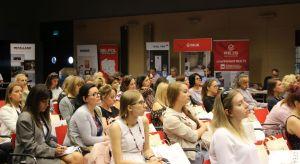 Studio Dobrych Rozwiązań w Gdańsku wystartowało z nową porcją wiedzy dla architektów i projektantów wnętrz. Od rana w Amber Expo trwają prezentacje partnerów i wystąpienia ekspertów.