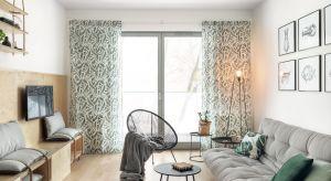 Na przekór tradycji projektantki zrezygnowały z błękitów, w sposób oczywisty kojarzonych z marynistycznym stylem. Mimo to, w aranżacji tego gdańskiego mieszkania odnajdziemy morskie inspiracje.