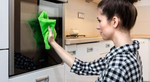 Zwłaszcza alergicy docenią możliwość skutecznego sprzątania bez stosowania detergentów - jedynie przy użyciu ściereczki i ciepłej wody.