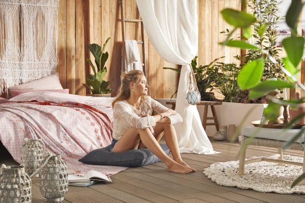 Sypialnia w letnim klimacie - kolekcja tkanin i dodatków