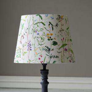Designerskie lampy i abażury z najnowszej kolekcji MindTheGap. Fot. Dekorian Home
