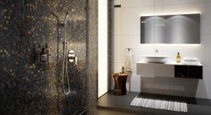 Odpływy liniowe, montowane bezpośrednio w podłodze lub ścianie, pozwalają na aranżację strefy prysznica bez tradycyjnej kabiny i brodzika.