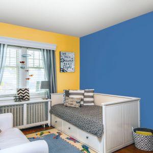 Słoneczne barwy na ścianach to strzał w dziesiątkę także w pokoju dziecięcym. Fot. Jedynka