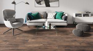 Inwestorzy od dawna doceniają potencjał gresowych płytek, które do złudzenia przypominają beton, kamienie naturalne lub egzotyczne gatunki drewna.