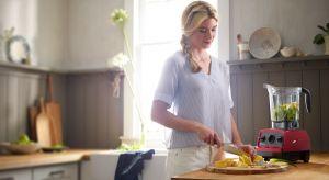 Każde mocne postanowienie zmiany diety i trybu życia kończy się w momencie wejścia do biura. Kupienie obiadu w barze, czy zamówienie gotowego cateringu jest takie proste… ale własne posiłki mogą być jeszcze łatwiejsze!