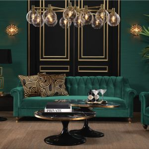Tapicerowana sofa marki Eichholtz. Fot. Clue Studio