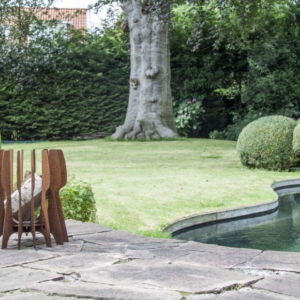 Wypoczynek w ogrodzie - palenisko na długie, letnie wieczory