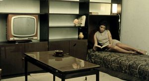 """""""Tango na 16 metrach kwadratowych"""" to wystawa o budownictwie mieszkaniowym czasu PRL i o pomysłowości w poszukiwaniu architektonicznych rozwiązań w warunkach metrażowego i materialnego deficytu.Otwarcie wystawy w Zachęcie – Narodowej G"""