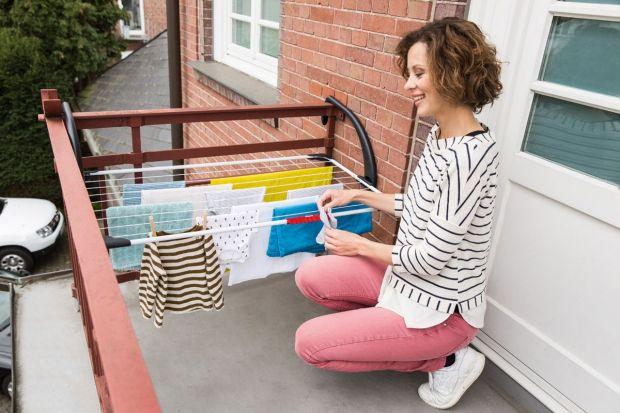 Letnie suszenie prania: na balkonie i w ogrodzie