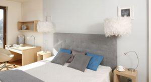 Popularny trend umieszczania lamp wiszących w roli dodatkowych źródeł światła przy łóżku to inspirujący przykład kreatywności projektantów i dekoratorów wnętrz.