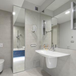 Nowoczesna łazienka - urządzamy strefę umywalki. Projekt: Magdalena Lehmann. Fot. Bartosz Jarosz