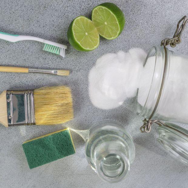 Jak skutecznie posprzątać mieszkanie i zaoszczędzić - poznaj sprawdzone sposoby!