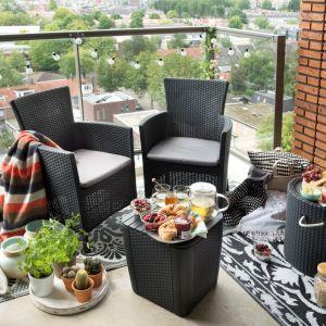 Funkcjonalne meble na mały balkon: krzesło Iowa. Fot. Keter