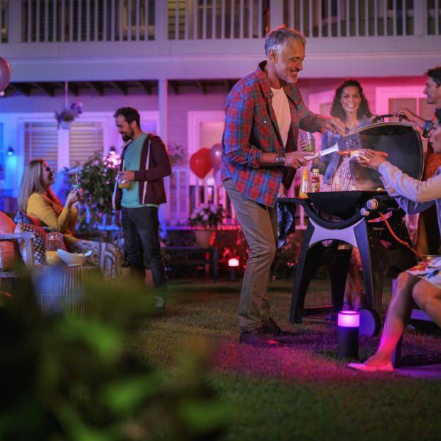 Oświetlenie zewnętrzne - ciesz się letnimi wieczorami w ogrodzie
