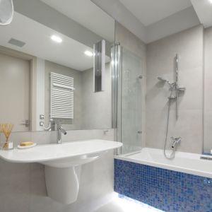 Prysznic w łazience. Projekt: Magdalena Lehmann. Fot. Bartosz Jarosz