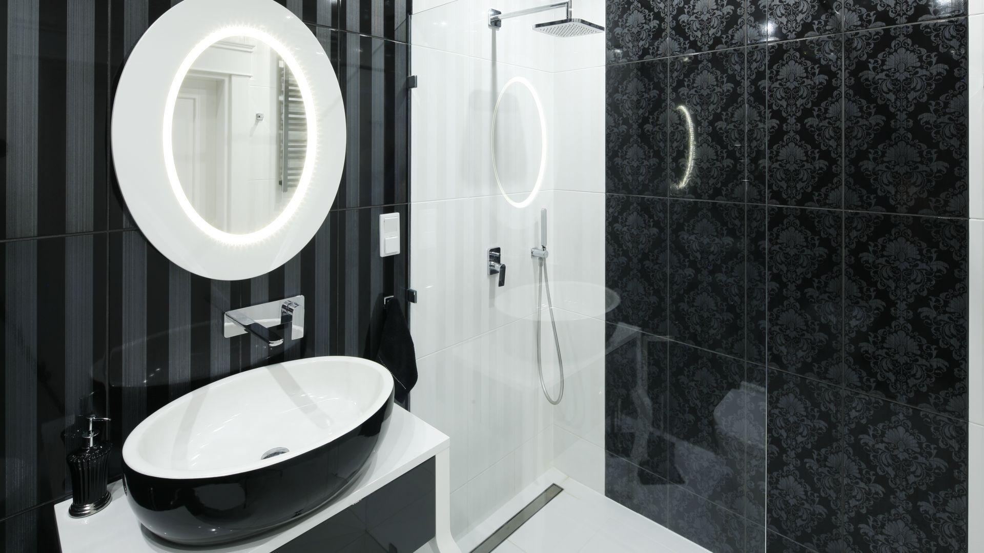 Prysznic w łazience. Projekt: Katarzyna Mikulska-Sękalska. Fot. Bartosz Jarosz