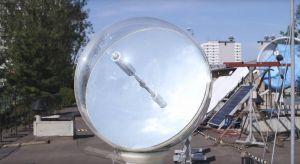 Heliostat sferyczny -konstrukcja opracowana przez naukowców z Akademii Górniczo-Hutniczej w Krakowie, pozwala doprowadzić naturalne światło słoneczne do ciemnych i zacienionych pomieszczeń.