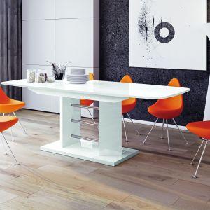Stół Linosa z oferty firmy Hubertus Design. Fot. Hubertus Design