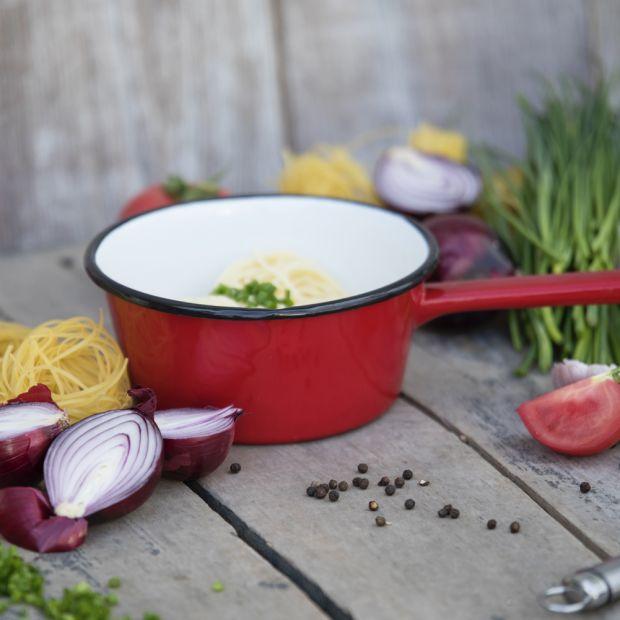 Kolorowa kuchnia - naczynia emaliowane
