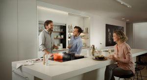 Funkcjonalne rozwiązania w kuchni to podstawa. Zobacz, co warto mieć, by uczynić gotowanie łatwiejszym i przyjemniejszym niż myślisz!