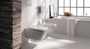 W łazienkowej strefie sanitarnej najważniejsza jest wygodna użytkowania. Istotne są zarówno cechy i funkcje wyposażenia, ale także właściwe rozmieszczenie sprzętów.