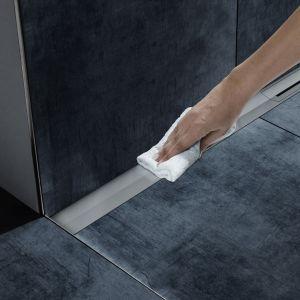 Aranżacja łazienki - odpływy liniowe. Fot. TECE