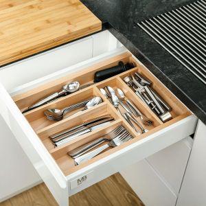 Wykład z serii Wood'In'Set to funkcjonalny i estetyczny organizer do szuflad. Fot. GTV