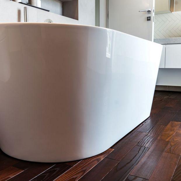 Drewno w łazience - jakie wybrać?