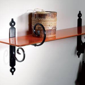 Praktyczne półki - wybierz dobre wsporniki - podpórka Ricciolo. Fot. Agas