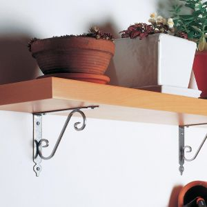 Praktyczne półki - wybierz dobre wsporniki - podpórka Toscania. Fot. Agas