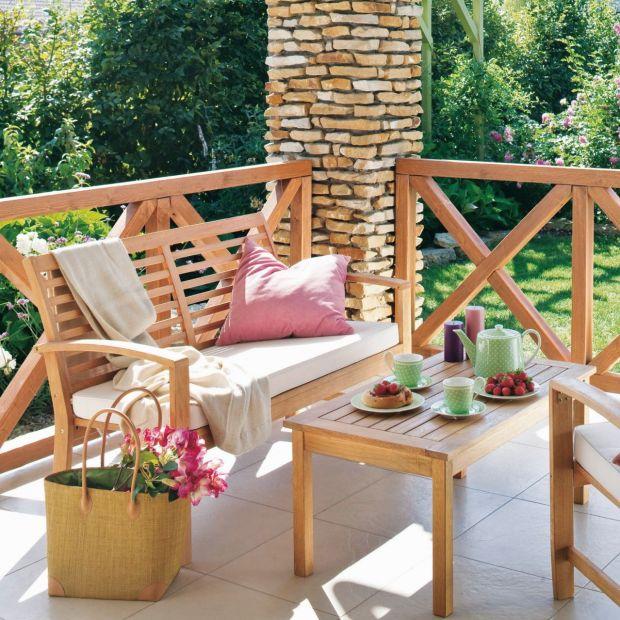 Zadbaj o drewno wokół domu