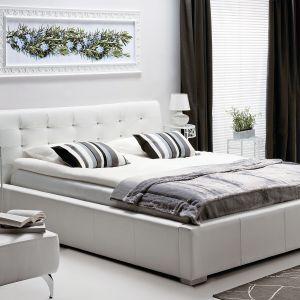 Łóżko Rosmarino dostępne w ofercie firmy Vero może być tapicerowane zarówno skórą naturalną, jak i wysokiej jakości tkaninami. Fot. Vero
