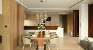 Jadalnia - mała czy duża - przyda się w każdym mieszkaniu. Jak ją wygodnie urządzić? Sprawdźcie pomysły architektów i projektantów wnętrz.