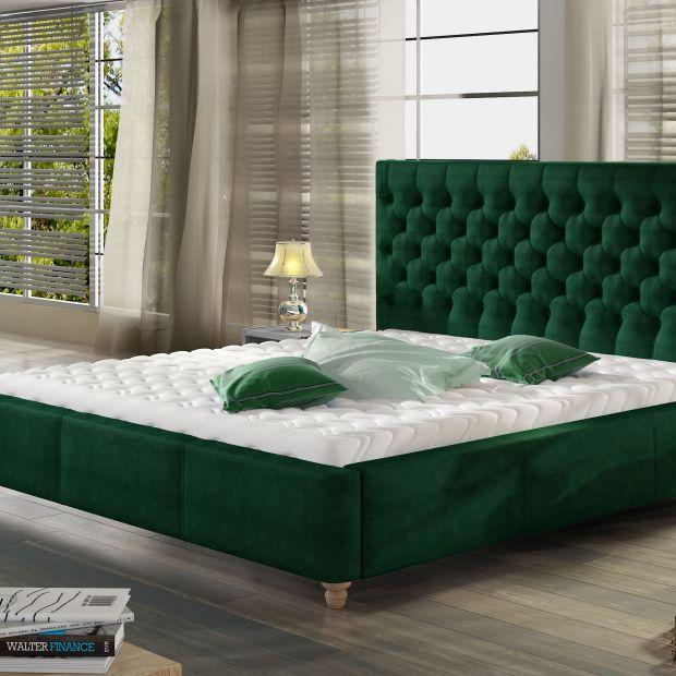Modna sypialnia - tak wygląda w odcieniu butelkowej zieleni