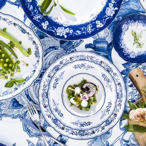 Porcelanowy serwis obiadowy. Fot. Fyrklövern