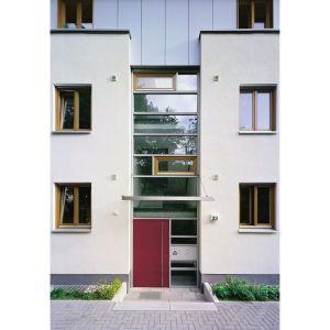 Zadaniem drzwi wejściowych jest m.in. zapewnienie izolacji termicznej i akustycznej wnętrza domu. Fot. Inoutic