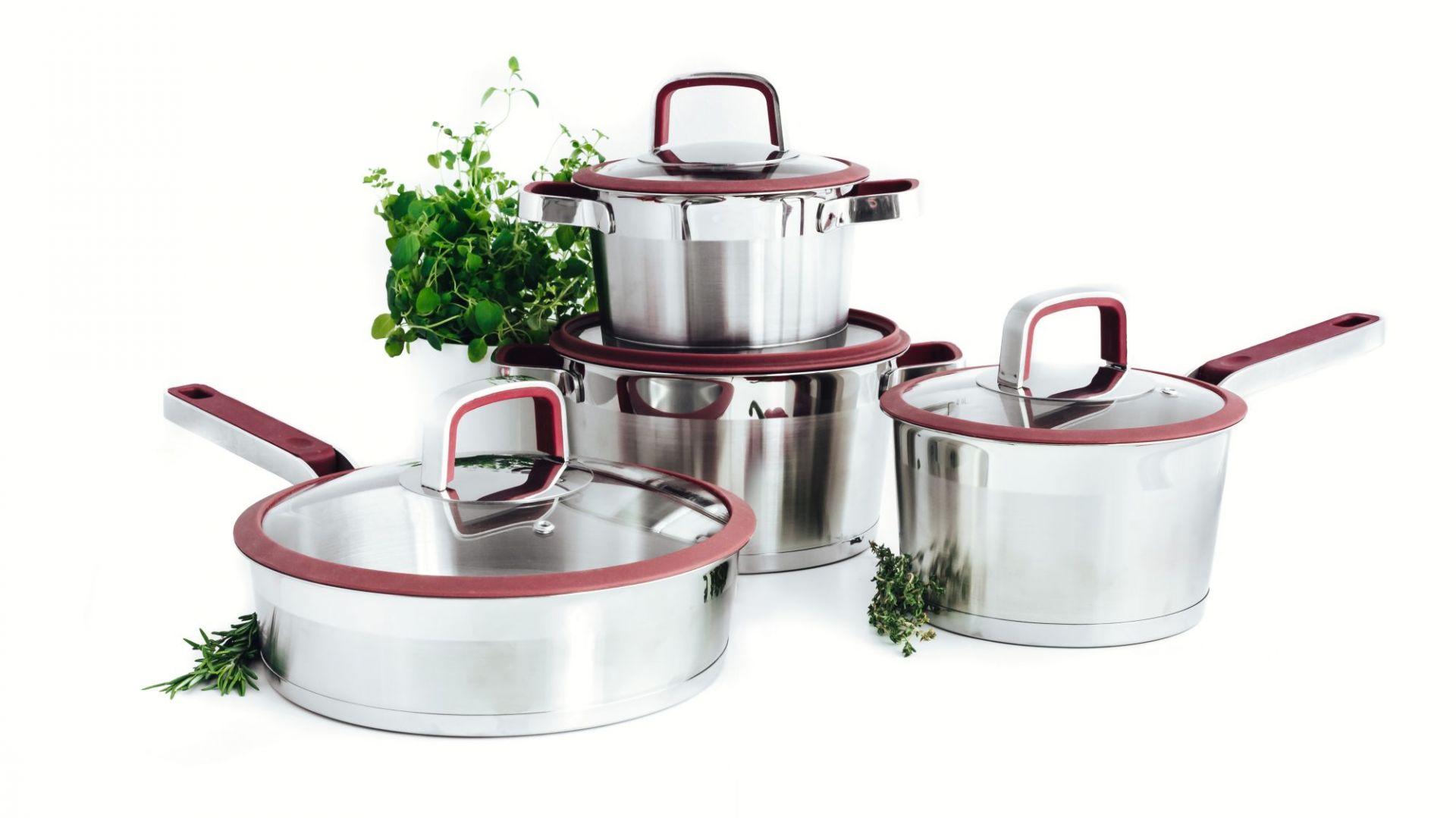 Letnie gotowanie - wybierz dobre naczynia. Fot. Duka