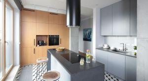 Czy kolory szary to dobry wybór do kuchni? Zdecydowanie tak! Zobaczcie jak pięknie prezentuje się w kuchennych wnętrzach.