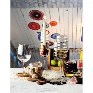Kolekcja Reflection/Krosno.  Produkt zgłoszony do konkursu Dobry Design 2019.