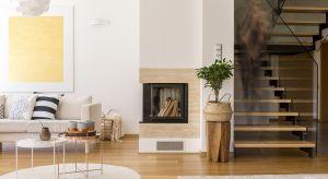 Przemyślane zestawienie szkła z drewnem wprowadzi do wnętrza nowoczesny, a przy tymprzytulny klimat.