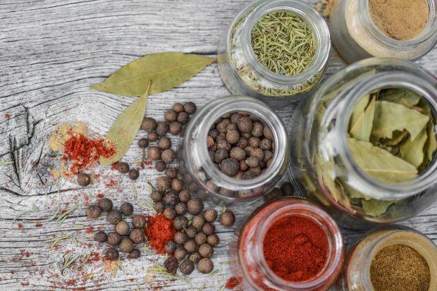 Domowa apteczka – przyprawy i nasiona, które warto wprowadzić do diety