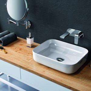 Ceramiczna umywalka nablatowa Cori o cienkich krawędziach. (38,5x38,5 cm). Dostępna w ofercie firmy Excellent. Cena: 319 zł. Fot. Excellent