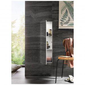 Dzięki szerokiej gamie szafek o różnych wymiarach i funkcjonalności kolekcja Flou doskonale sprawdzi się w łazienkach o różnym metrażu. Dostępne w ofercie firmy Defra. Fot. Defra