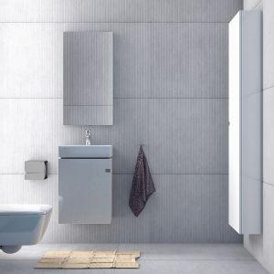 Dzięki swym kompaktowym wymiarom kolekcja Point doskonale sprawdzi się w mniejszych łazienkach. Dostępna w ofercie firmy Defra. Fot. Defra